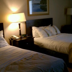 Photo taken at Holiday Inn Portland-By The Bay by Jack M. on 10/13/2012