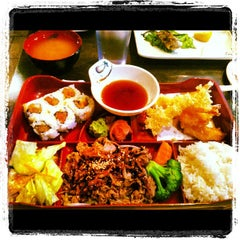 Photo taken at Toyama Japanese Resturant by Tony P. on 11/18/2012