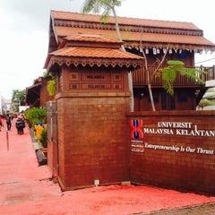 Photo taken at Universiti Malaysia Kelantan (UMK) by Anis S. on 11/3/2015