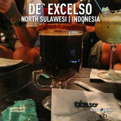 Photo taken at de`EXCELSO by john s. on 2/3/2013