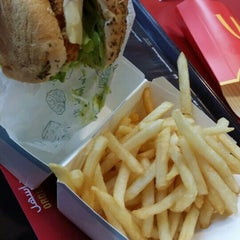 Photo taken at McDonald's - ماكدونالدز by Bree A. on 11/2/2015