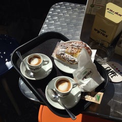 Photo taken at Cambridge Caffè by Gabriella I. on 11/5/2015