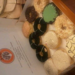 Photo taken at J.Co Donuts & Coffee by dwi a. on 4/10/2013
