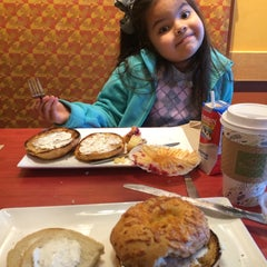 Photo taken at Panera Bread by Liz G. on 11/23/2015