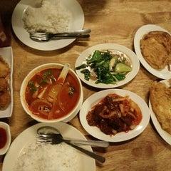 Photo taken at Restoran Sala Thai by Intan S. on 11/27/2015