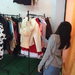 Photo taken at ร้านฟ้อน by Jeerawat V. on 12/22/2015