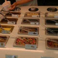 Photo taken at Pinkberry by Aimee L. on 10/3/2012