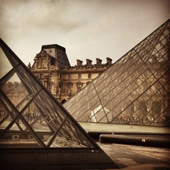 Photo taken at Musée du Louvre by Angélica M. on 6/13/2013