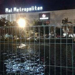 Photo taken at Mal Metropolitan by David Kurniawan on 2/16/2013