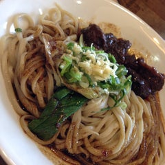 Photo taken at Kanzhū Hand-Pulled Noodles by Mich O. on 3/8/2015