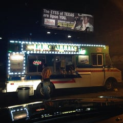 Photo taken at El Gallito De Jalisco Mobile by Hammburger . on 12/11/2013
