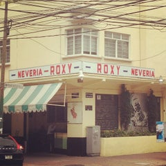 Photo taken at Nevería Roxy by Pilar G. on 8/18/2012