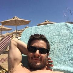 Photo taken at ILIOS beach hotel by Nikosp20 ✨ on 5/8/2015