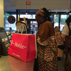 Photo taken at Chipotle Mexican Grill by Crillmatic on 6/25/2015