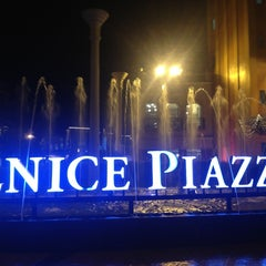 Photo taken at The Venice Piazza by Joycee M. on 3/23/2013