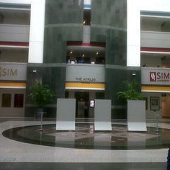 Photo taken at Singapore Institute of Management (SIM) by Kenny W. on 10/17/2012