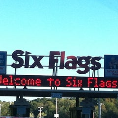 Photo taken at Six Flags Over Georgia by Traci R. on 10/20/2012