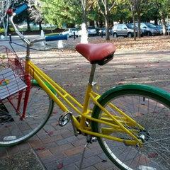 Photo taken at Googleplex - 1055 by Travis W. on 12/11/2012