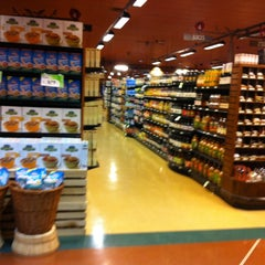 Photo taken at Earth Fare by Celinha C. on 1/9/2013