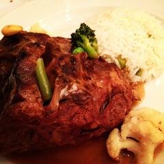 Photo taken at Özer Restaurant & Bar by Mario G. on 1/8/2013
