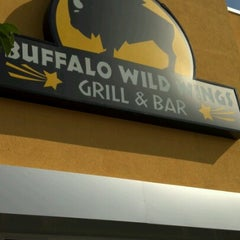 Photo taken at Buffalo Wild Wings by Crucifixio J. on 9/21/2012