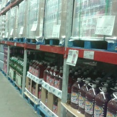 Photo taken at Sam's Club by Neveria L. on 2/12/2013