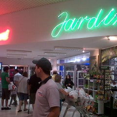 Photo taken at Tienda Inglesa by Elisa on 11/16/2012