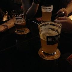 Foto tirada no(a) Barley Brew Pub por Priscylla L. em 7/19/2013