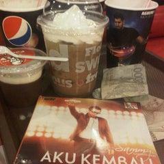 Photo taken at KFC by Aderma on 9/24/2012