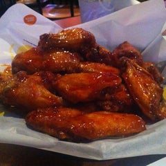 Photo taken at Buffalo Wild Wings by Lidia B. on 10/24/2012