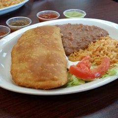 Photo taken at Mexicali Chicken & Salads by Stephanie G. on 11/28/2013
