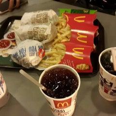 Photo taken at McDonald's Kok Lanas Drive Thru by Ahmad R. on 9/25/2015