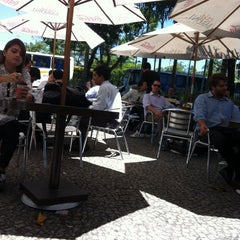 Photo taken at Livraria Saraiva by Fernanda R. on 11/29/2013