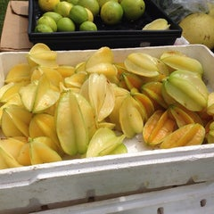 Photo taken at Hanalei Saturday Farmers Market by Saeed A. on 9/21/2013