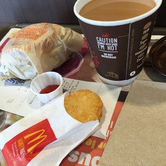 Photo taken at McDonald's by Kats on 4/3/2015