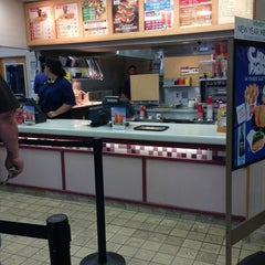Photo taken at Wendy's by sneakerpimp on 4/1/2013