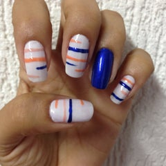 Photo taken at Luciana Manicure - Unhas Decoradas by Belle S. on 3/5/2015