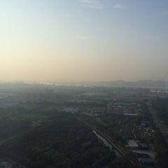 Photo taken at Four Points by Sheraton Guangzhou, Dongpu by Jitin N. on 10/27/2014