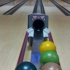 Photo taken at 88 Hokki Bowling Center by Wulan Y. on 3/17/2014