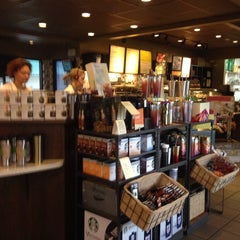 Photo taken at Starbucks by lee j. on 5/11/2014