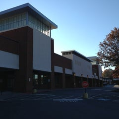 Photo taken at Publix by Topher™ on 12/18/2012