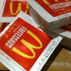 Photo taken at McDonald's by Anne-Frank D. on 5/7/2013