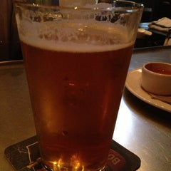 Photo taken at Yard House by Remo S. on 3/23/2013