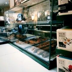 Photo taken at Cafè Novell by Infestos Z. on 11/30/2014