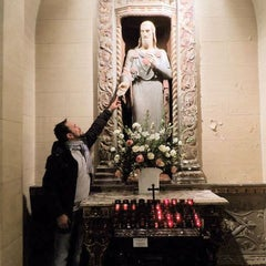 Foto tirada no(a) The Church of St. Mary the Virgin por João Henrique V. em 12/16/2015