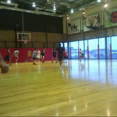 Photo taken at Hoops Arena by Irsan F. on 2/7/2013