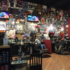 Photo taken at Floyd's 99 Barbershop by Ginny S. on 1/28/2016