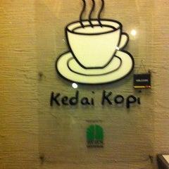 Photo taken at Restoran Kedai Kopi by Fared . on 11/27/2013