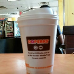 Photo taken at Dunkin Donuts by Marvin W. on 7/12/2015