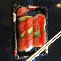 Photo taken at Osaka Sushi Express & Fresh Fruit Drinks by Jenna N. on 10/28/2015